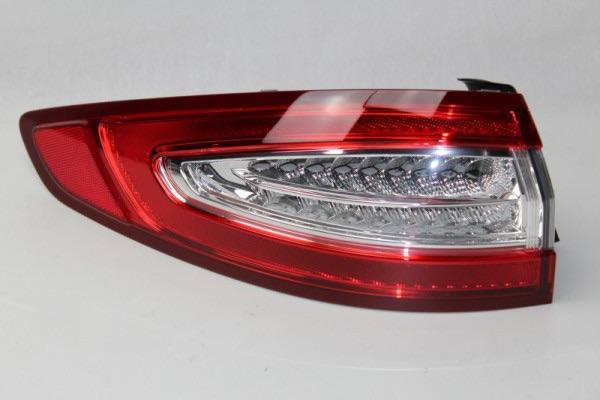 Rückleuchte links außen Ford Mondeo 4-türige Limousine ab Baujahr 9/2014