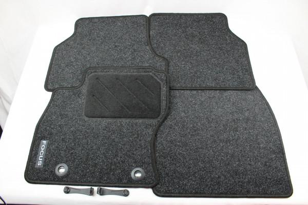 Fußmatten vorne + hinten Teppich Ford Focus MK2